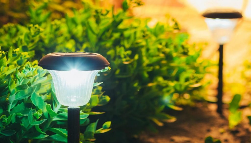 Solar Lights - Pros and Cons